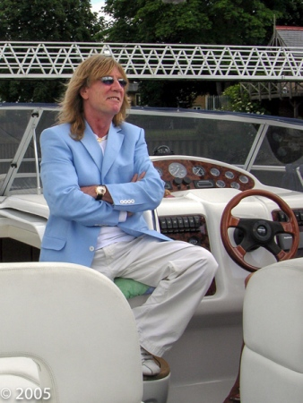 RICK PARFITT DOES RON MANAGER 2005