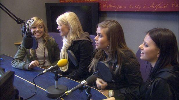 radio studio.sub.01